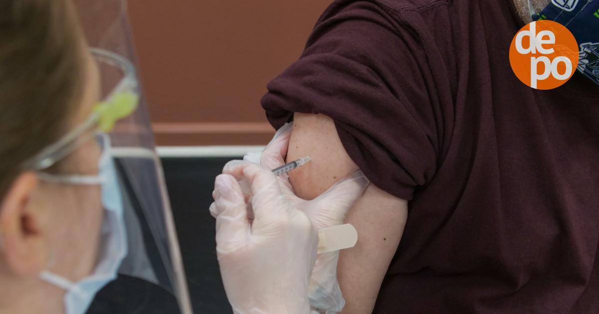На Дніпропетровщині до лікарень із коронавірусом потрапляють переважно невакциновані люди
