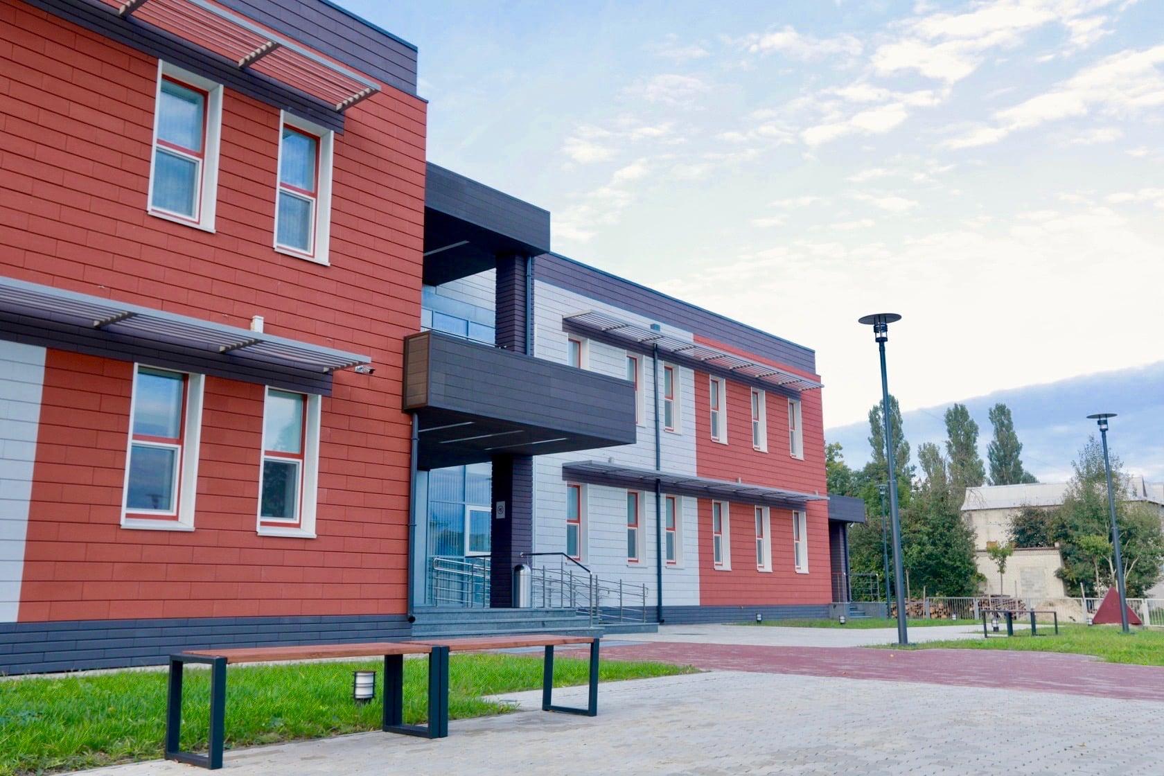 На Житомирщині відкрили найсучаснішу в Україні сільську лікарню. ФОТО